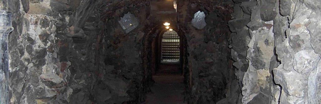 Alla Grotto